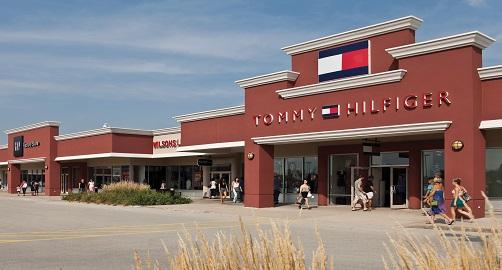 pleasant-prairie-premium-outlets-13. PleasantPrairie_TommHilfiger
